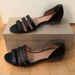Madewell black leather flats W8